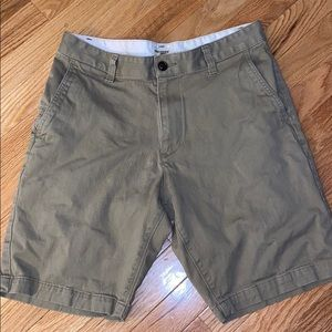 Dockers shorts size 30 waist dark tan